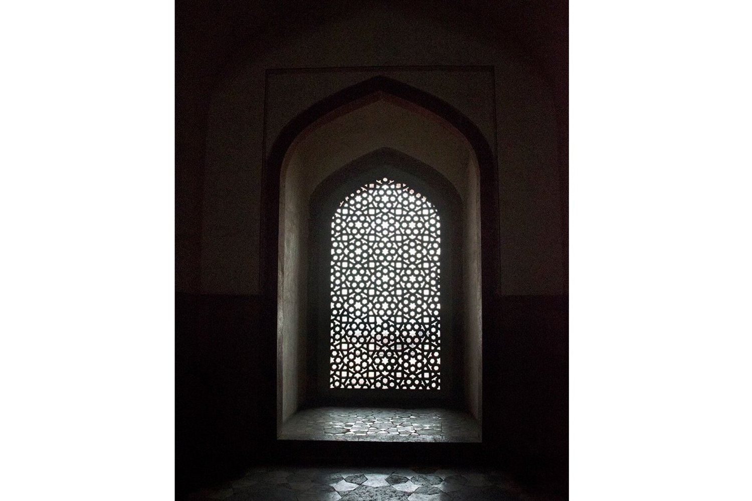 Sherry Wiggins, _Jali (Screen) at Humayan's Tomb_